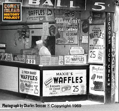 Maxies Waffles
